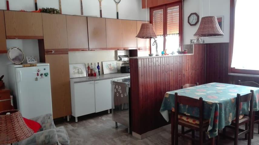 Appartamento pianoterra nella casa del host