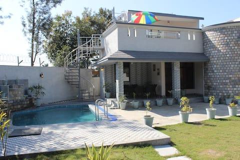 AruBhi Cottage