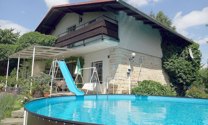 Holidayhome with Pool in Horicky