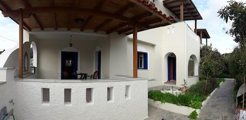 Maroulis home