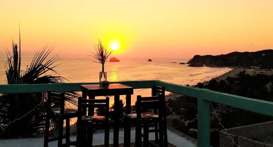 #1 Cozy suite with breathtaking ocean views!!
