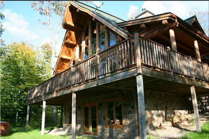 Chalet Chinook