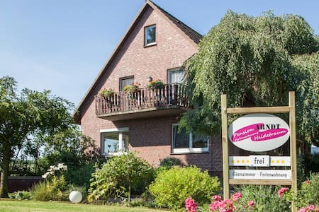 Pension Heidetraum Arndt - Bispingen - Bed & Breakfast