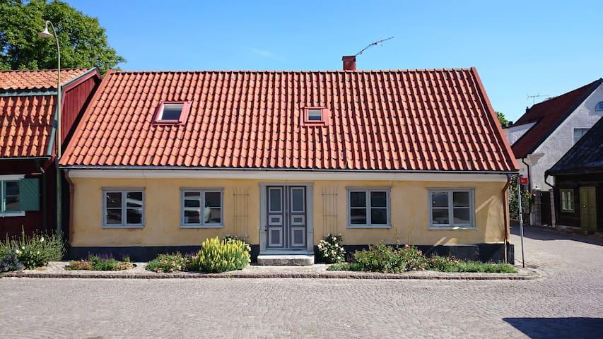 Klinttorget 7 Östra 2an