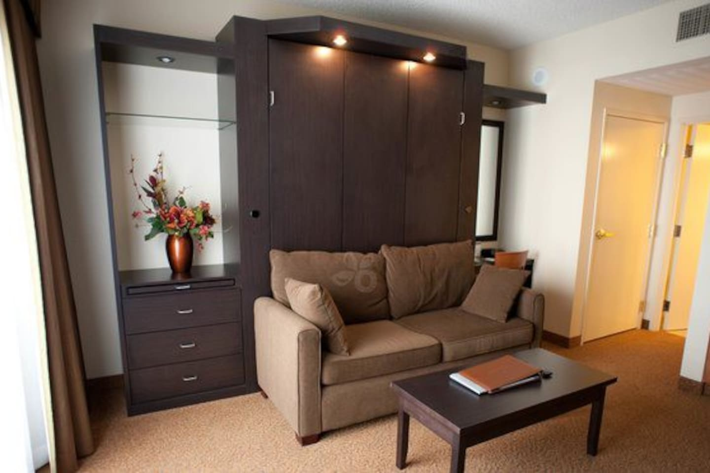 Polo Towers One Bedroom Suite Studio At Polo Towers Suites Apartments For Rent In Las Vegas