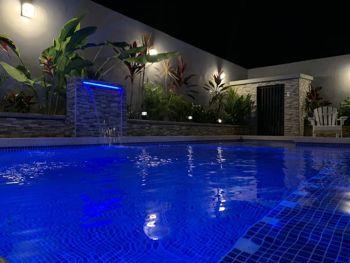 Piscina Privada, Family Friendly, 2BR2BA