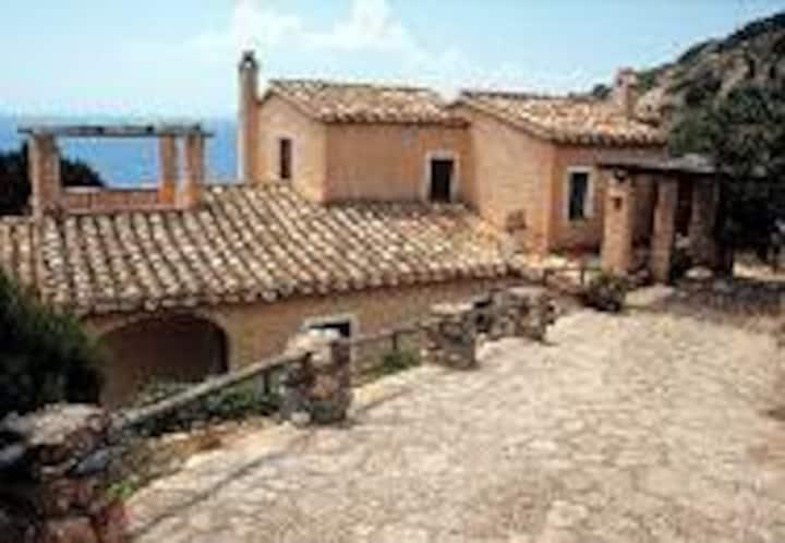 Villa Gianina  7 persons sea view