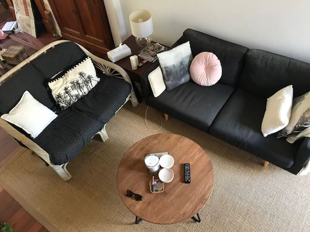 Cosy & lovely quiet room in house in Bondi Jctn