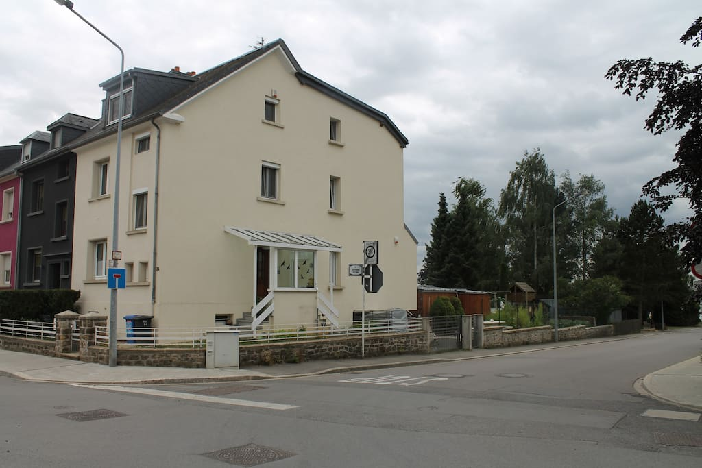 Gaasperich 1 houses for rent in luxembourg luxembourg for Luxembourg house