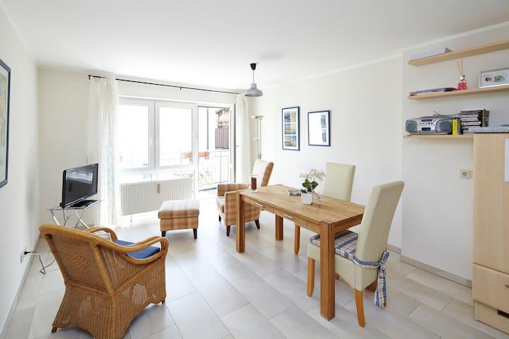 Komfortferienwohnung im Zentrum - Ludwigsburg - Apartamento