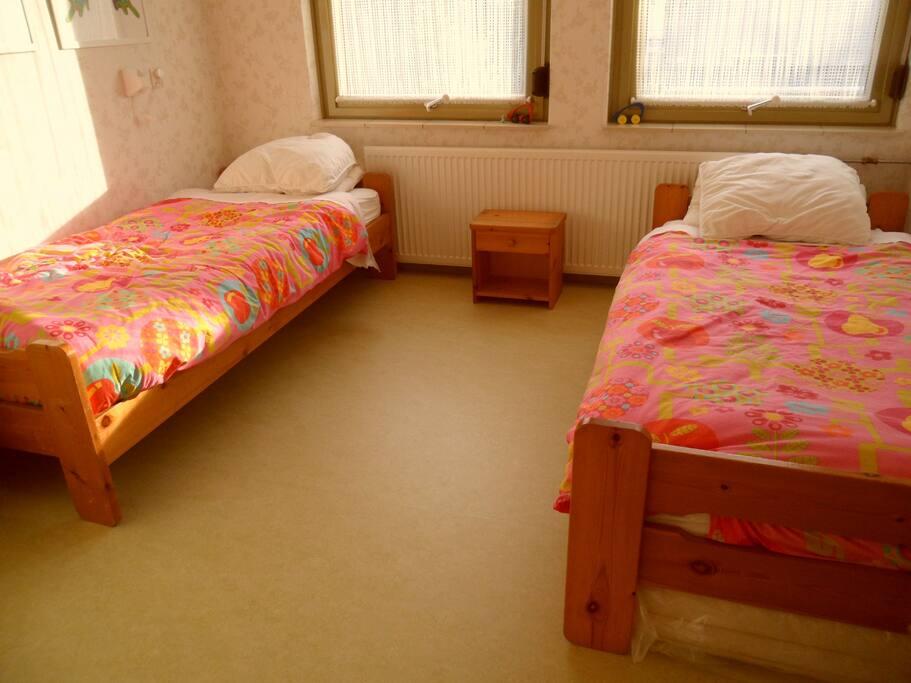 Ruime tweede slaapkamer