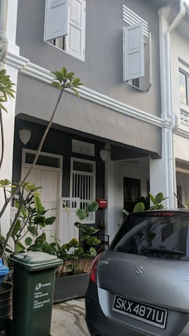 Double room in an Authentic Peranakan Shophouse