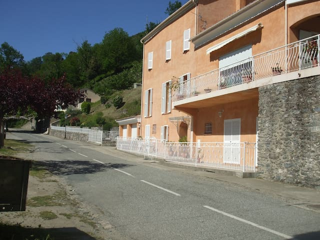 appart.dans maison de particulier - Valle-d'Alesani - Apartment