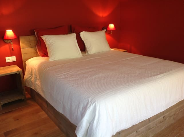 Kamer de 'Poppy' in B&B Kokkelikoo: