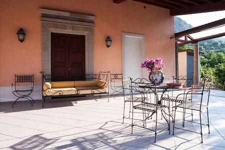 LR7A2 Double Room Events Nature in San Piero Patti - Bed & Breakfast