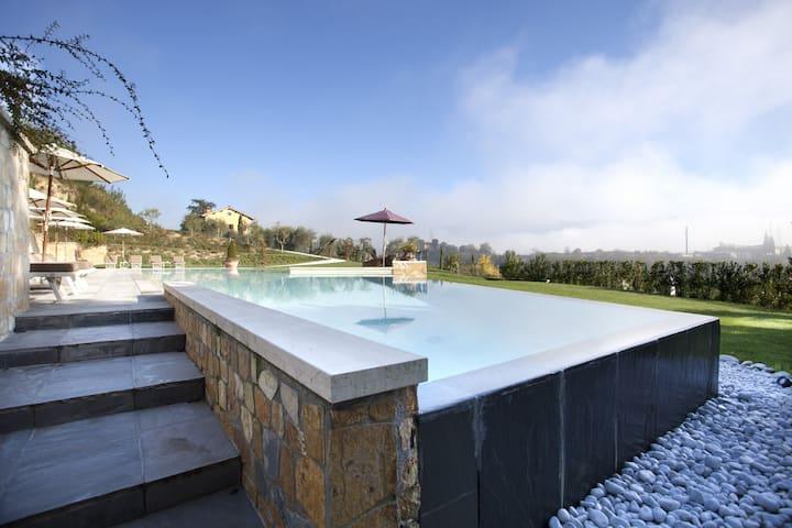 Villa Belvedere- Studio Suite OFFICIAL PAGE