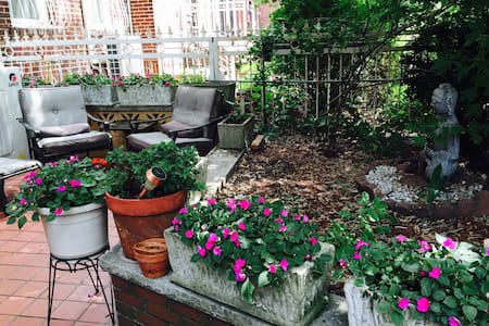 Cozy stay in Queens - Jackson heights - House