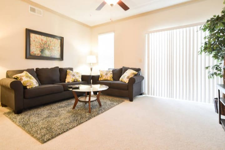 12208-Fabulous 2BR in Lenexa!! - Lenexa - Apartment