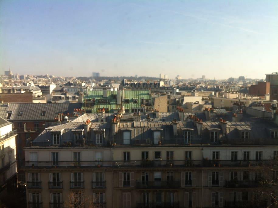 Vue de l'Est de Paris depuis un des balcons.