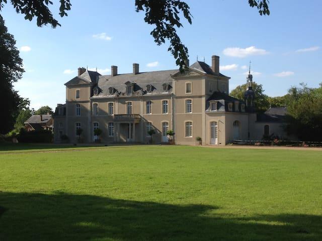 Château d'Eporce - La Quinte - Bed & Breakfast
