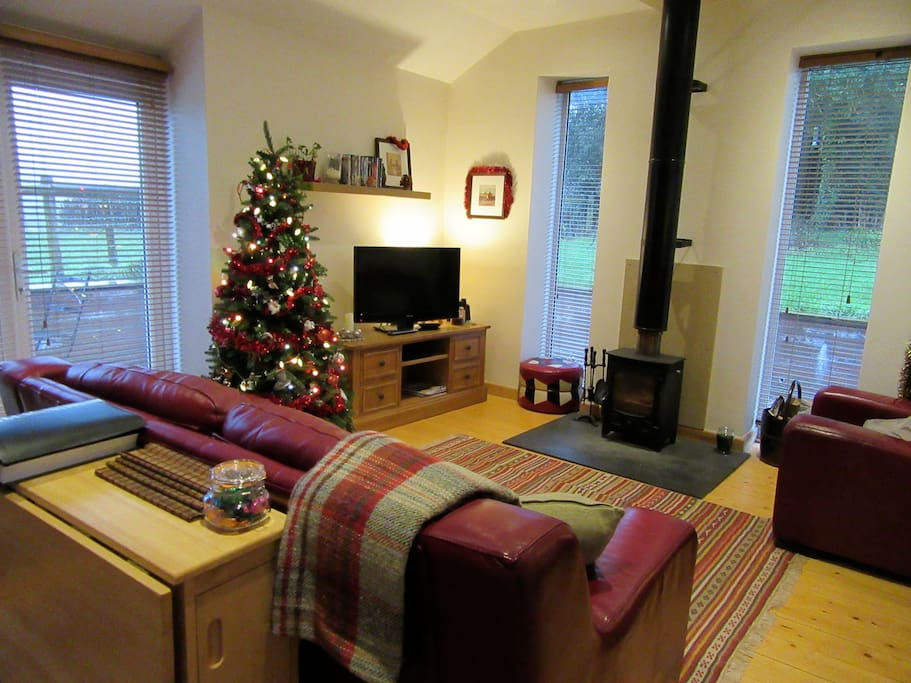 Cosy at Christmas with the wood-burning stove