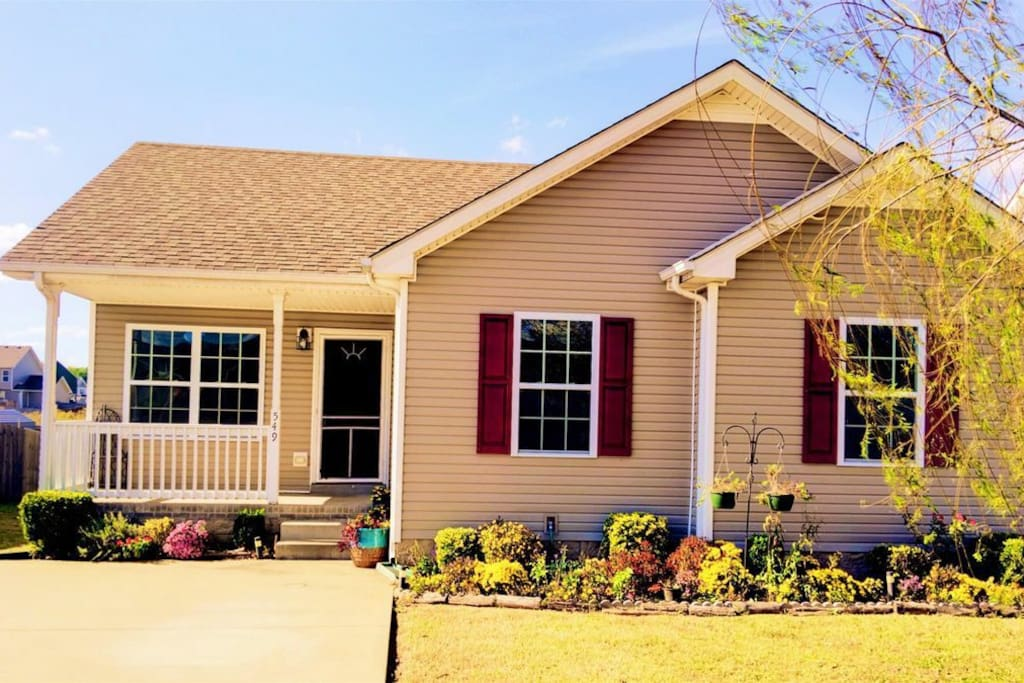 Entire Home Minutes From Highway And Ft Campbell Houses For Rent In Clarksville Tennessee