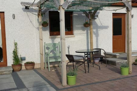 Spey, Moray  Rural& seaview B&B 2 - Nr Buckie - Hus