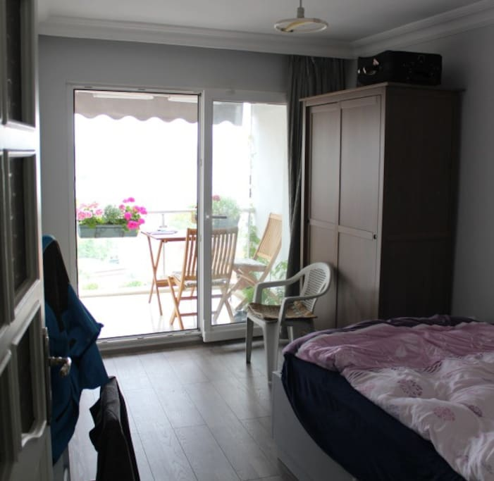 room to be rented