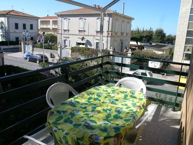 """""""Ginepro"""" Appartamento a soli 100m. dal mare - Marina di Castagneto Carducci - Flat"""