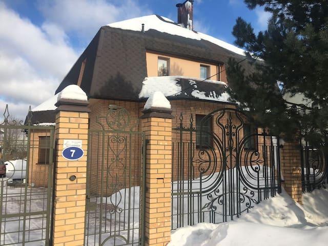 Дом в Картмазово - Kartmazovo - Hus