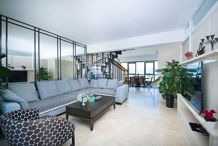 【奢华复式房】兰海三期超豪华海景复式套四房一厅