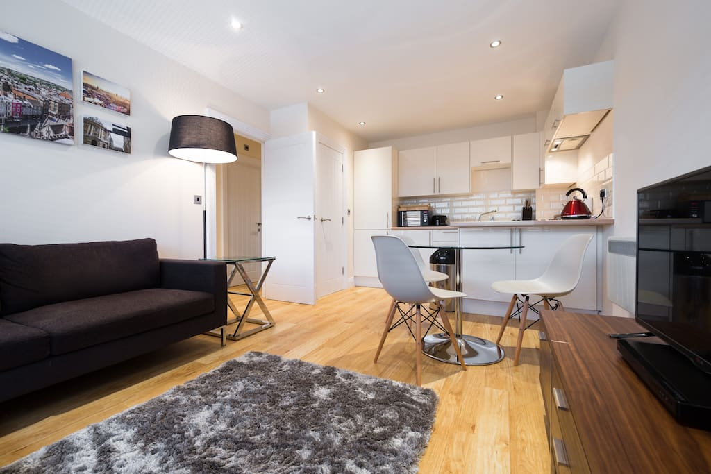 Stylish two bedroom apartments apartments for rent in for Design hotel oxford