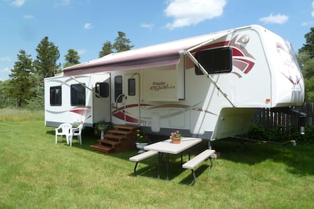 East Glacier RV Rental - East Glacier Park Village - Camper/RV