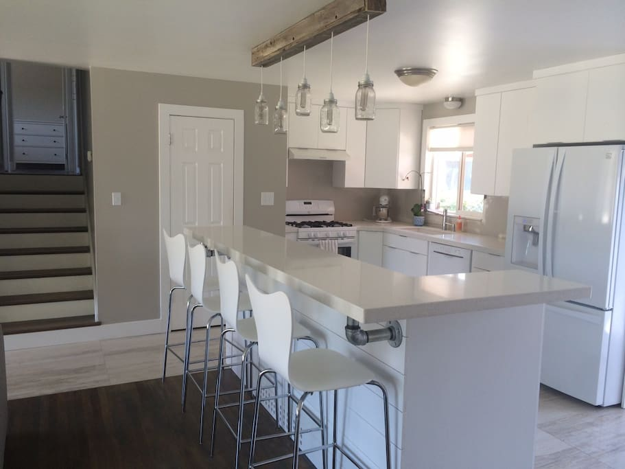 Modern Amp Fun Remodel Near It All Houses For Rent In