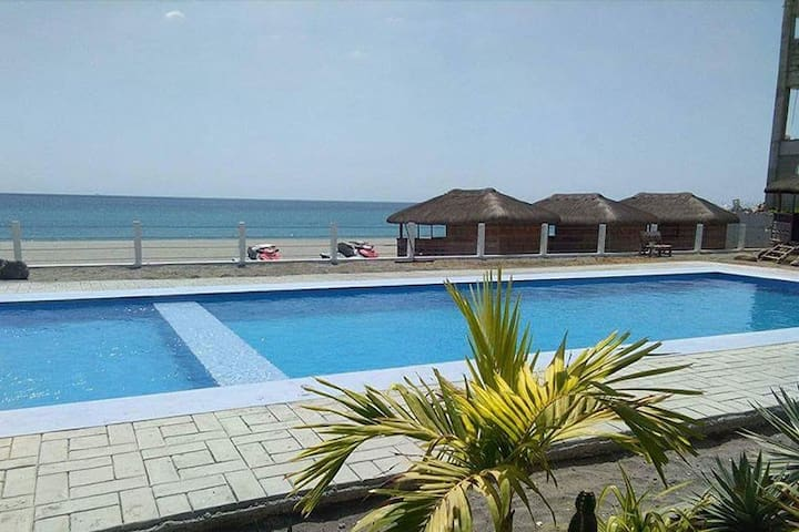 (3) Water Haven Morong Beach All rooms beach view