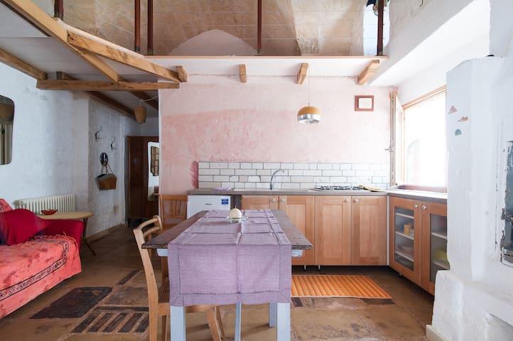 Caratteristico monolocale - San Cassiano - Casa
