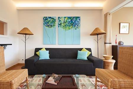 Top floor luxury - ocean views - Estoril