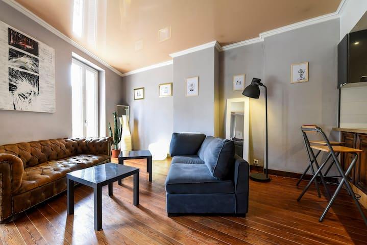 Hypercentre ensoleill t3 85m2 apartments for rent in for T3 bordeaux
