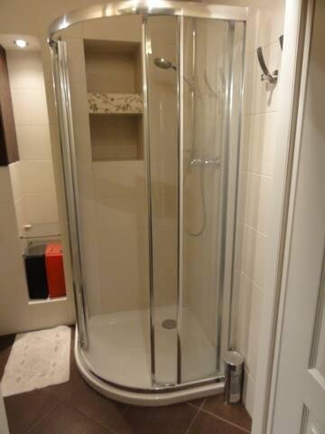 Pokój z własną łazienką