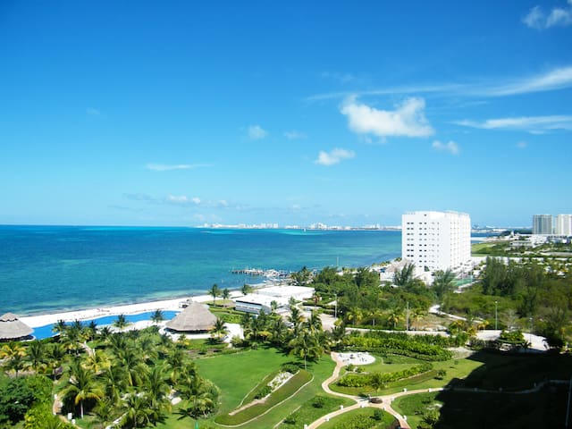 Luxury 2 BDR Oceanfront Apartment - Cancún - Apartemen