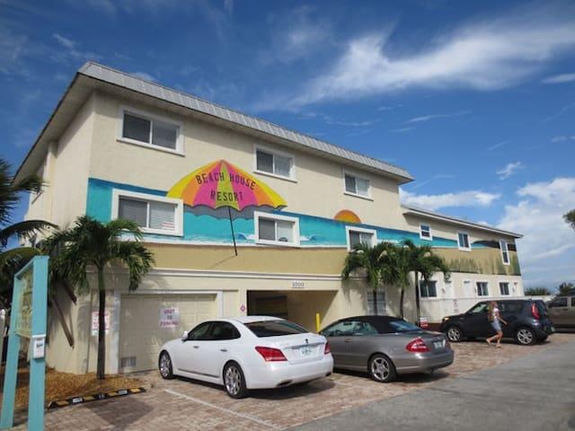Beach House Resort Easy to locate on Gulf Drive