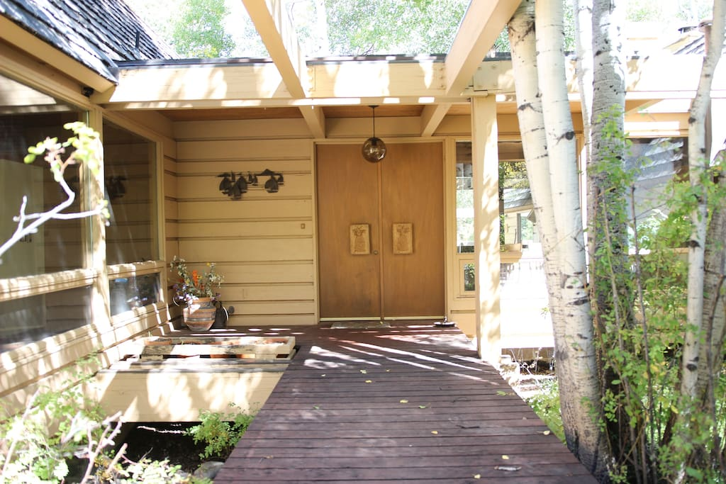 The front entry....