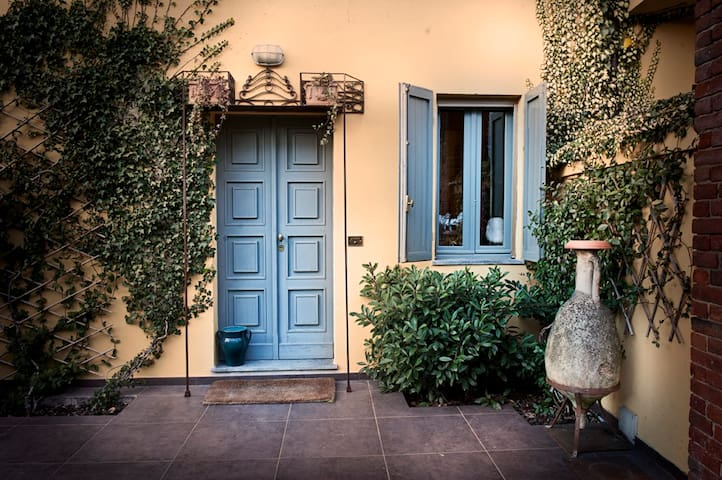 Monferrato near Casale Asti B&B  - Cereseto - Bed & Breakfast
