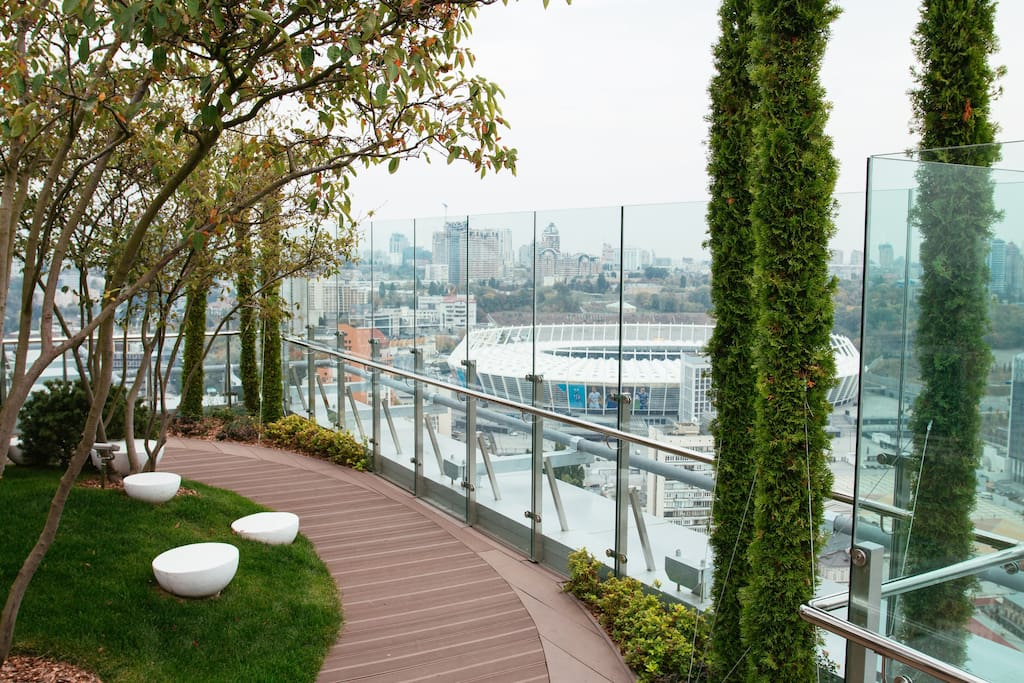 Guests have an access to the exclusive rooftop terrace with stunning views