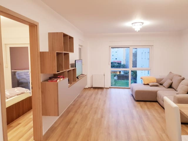Large 2 Bed Apartment - 110mp in Private Complex