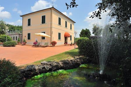 Villa La Nina - Mencarini - Vila