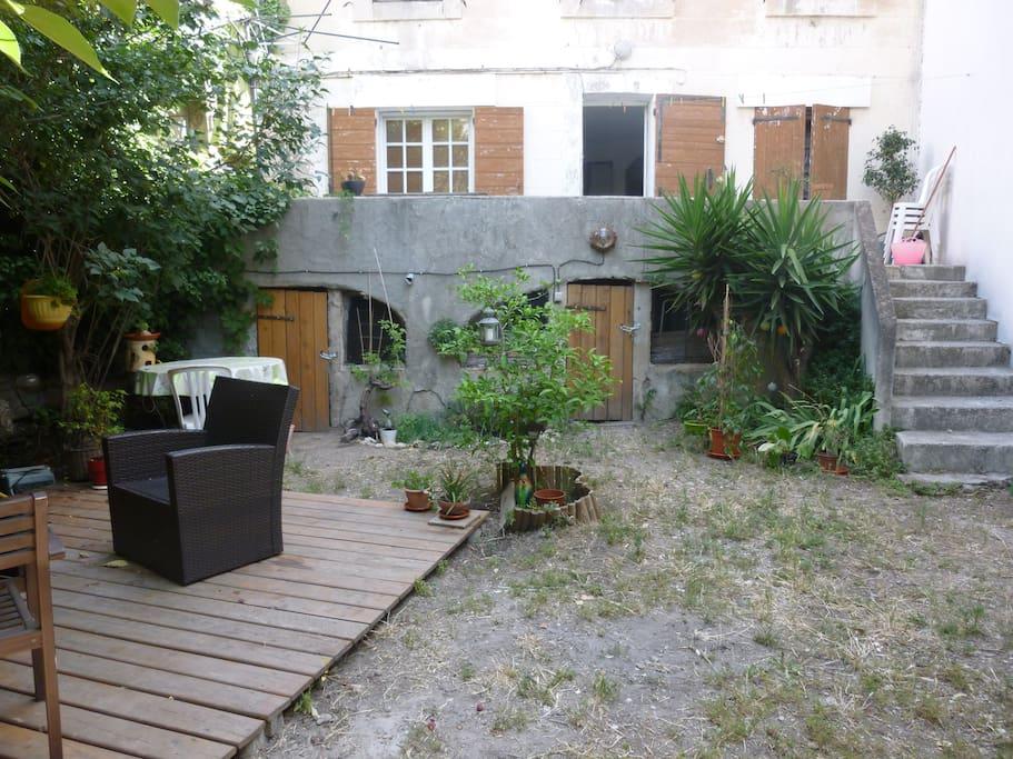 Maison toute équipée, jardin et terrasse au Roucas Blanc