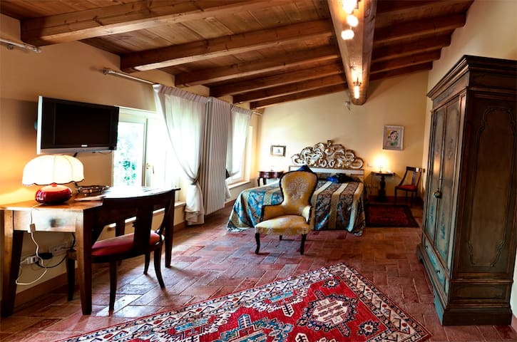 Agriturismo Delo Verona - Junior Suite - Verona - Bed & Breakfast