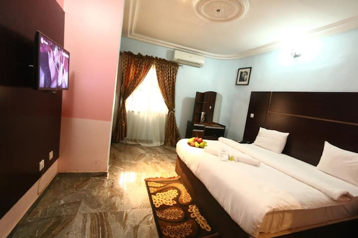 ST Hotel Apartment - Diplomatic Apartment