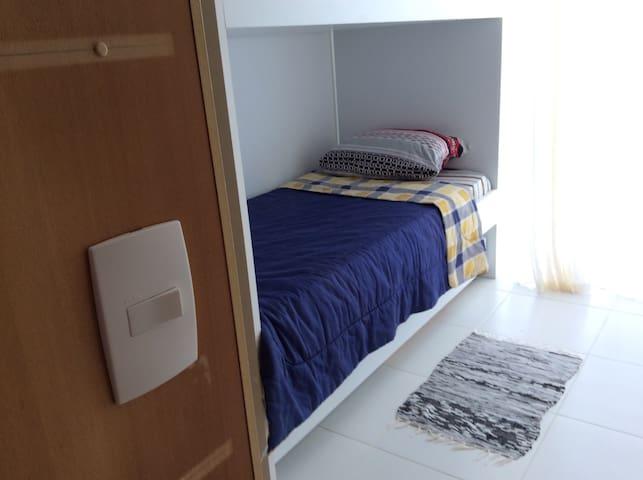 Apartamento em condomínio fechado - Camaçari - Leilighet